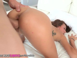 Teens love huge cocks - janice griffith